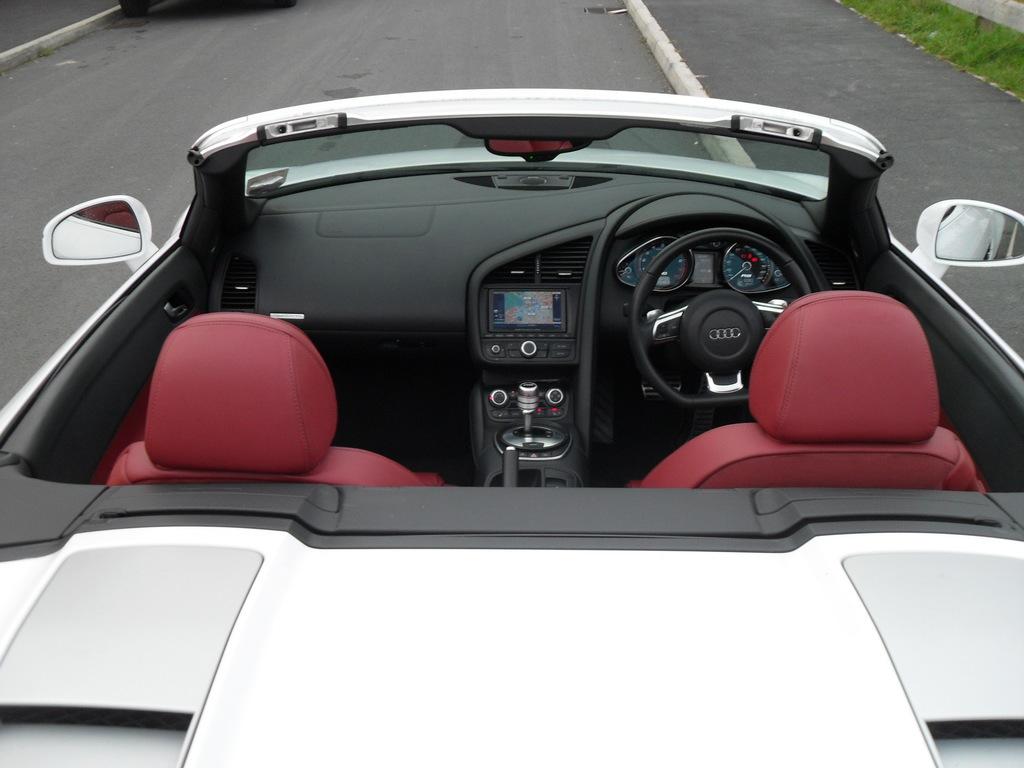 Neo Autos Ltd Audi R8 5 2l V10